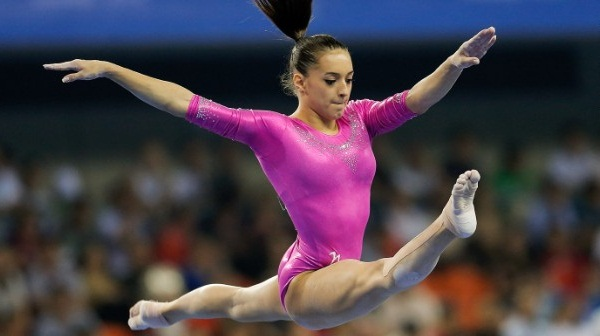 141015124520-larisa-iordache-leaping-story-top