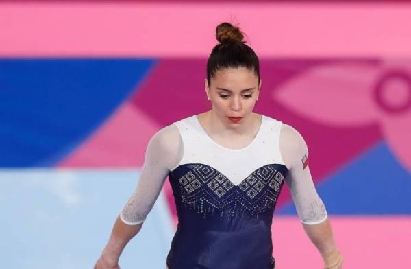 Simona-Castro-Gimnasia-Lima-2019-1