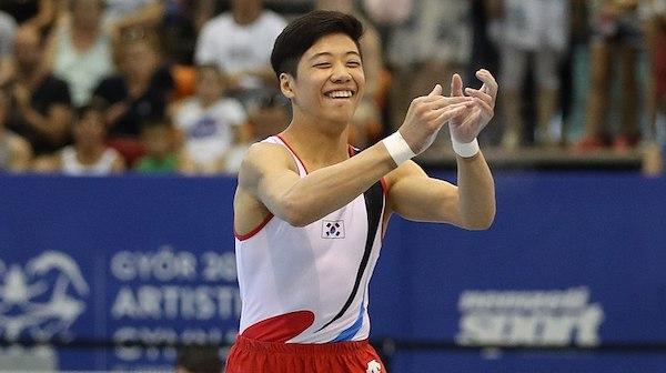 800px-2019-06-29_1st_FIG_Artistic_Gymnastics_JWCH_Men's_Apparatus_finals_Floor_exercise_(Martin_Rulsch)_347